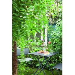 Table et chaises plein Air